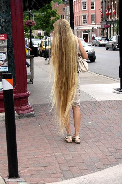 Девушки с длинными волосами 57 фото
