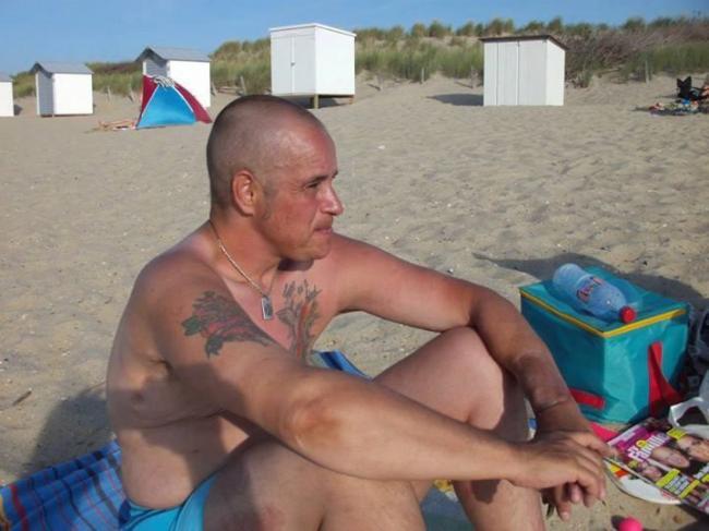 Фото 1 из 3: Транссексуал выбрал эвтаназию после неудачной операции Rus.Apo