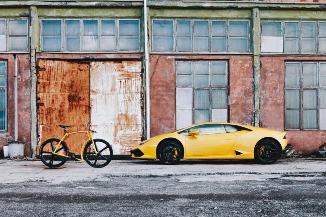 Всегда хотел Lamborghini, а денег хватило на велосипед..