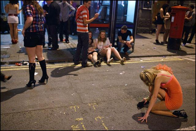 Красивый пьяные девушки на улицах фото линдой кисс